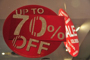 Quickly Close End of Year Sales with These 12 Tips