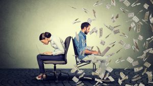 Profit By Running an Online Contest: 33 Irresistible Prize Ideas That Won't Break the Bank